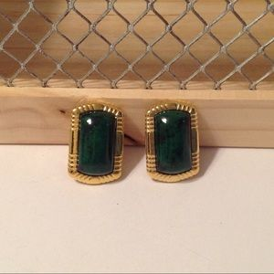 Gold Tone Emerald Green Clip On Earrings